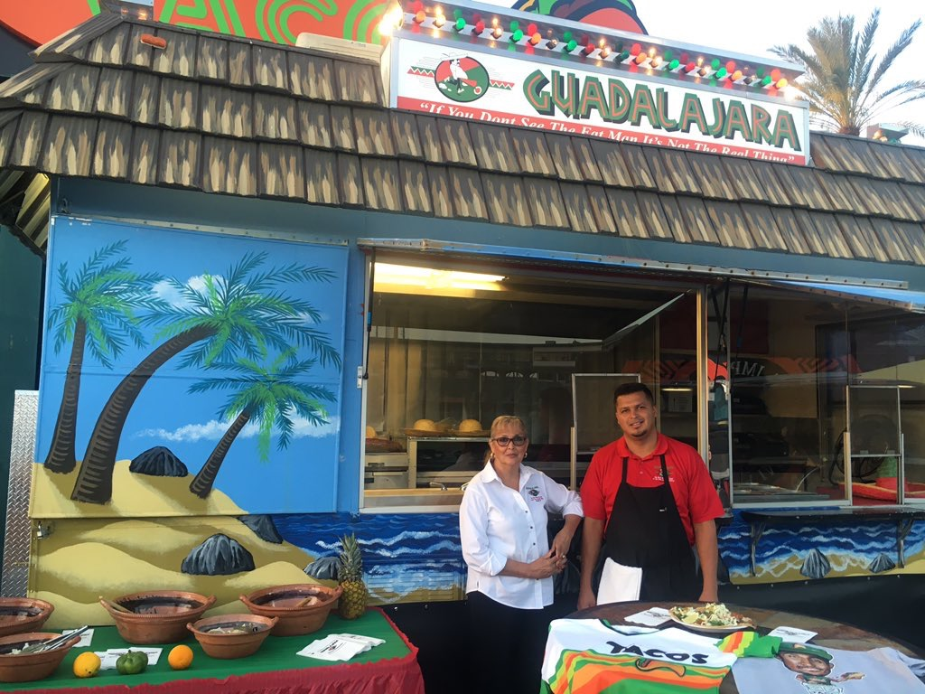 Guadalajara Mexican Restuarant offers catering in Fresno